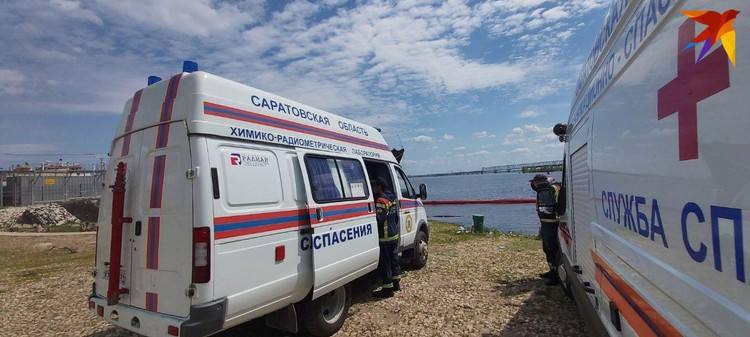 На месте работают специалисты. Фото Саратовской областной службы спасения