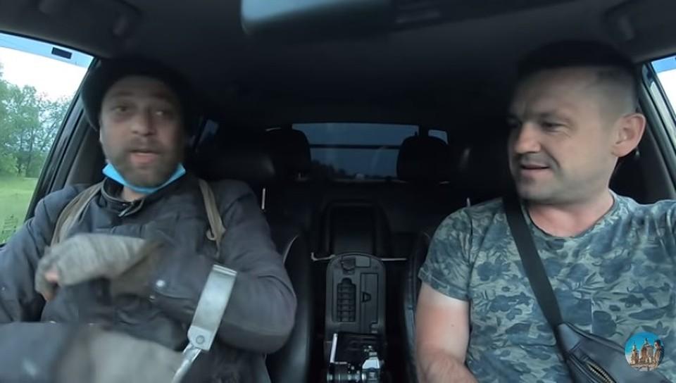Алексей (справа) понял, что Виорел многое не договаривает (Фото: скрин с видео).