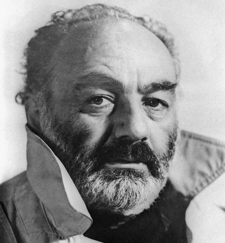 Кинорежиссер Сергей Параджанов, 1990 г. /Фотохроника ТАСС/.