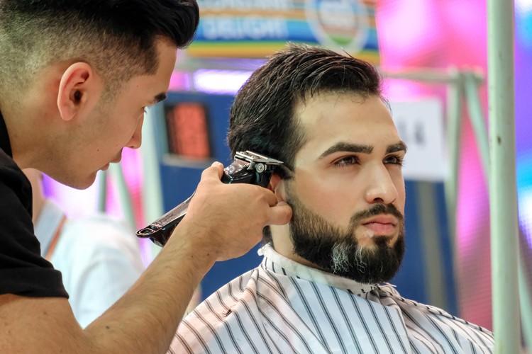 Петербуржцы наконец-то смогут привести свои волосы в порядок