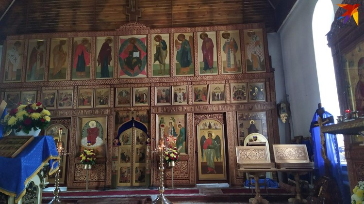 Так внутри выглядит одна из церквей, расположенных на территории монастыря