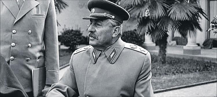 В роли Сталина - Бухути Закариадзе. Фото: Информационный центр «Мосфильм-Инфо»