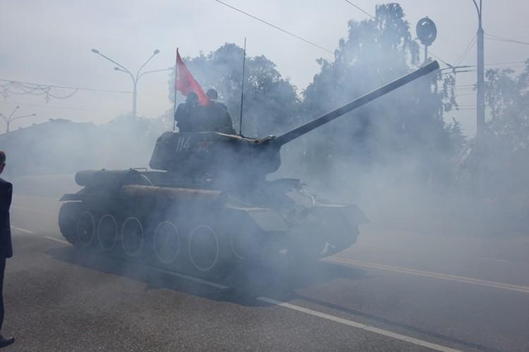 Шествие легендарного танка.