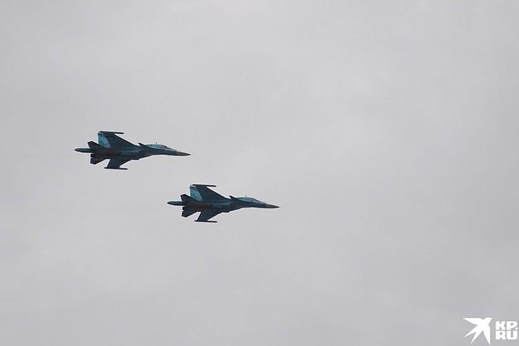 Су-34 - истребитель-бомбардировщик, сверхзвуковой и многофункциональный