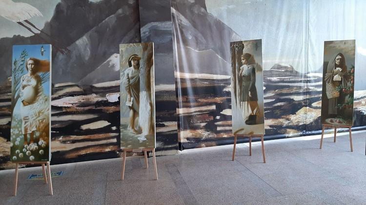 Музей Машкова уже выставил в здании ЦУМа первые экспозиции.