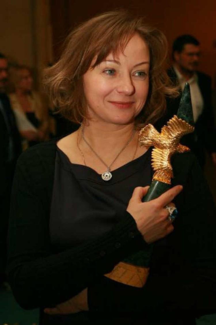 Третьей женой стала актриса Евгения Добровольская