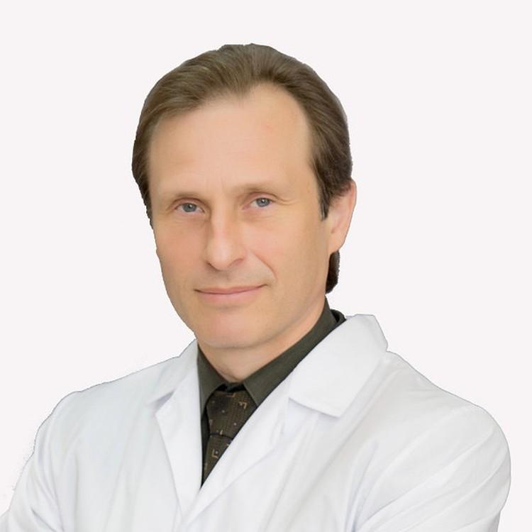 Врач-пульмонолог Кирилл Зыков.