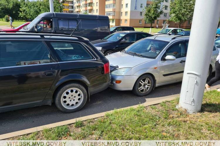 Водители и пассажиры поврежденных авто не пострадали. Фото: МВД.