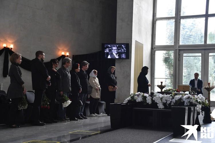 В Москве состоялось прощание с телеведущим Александром Беляевым.