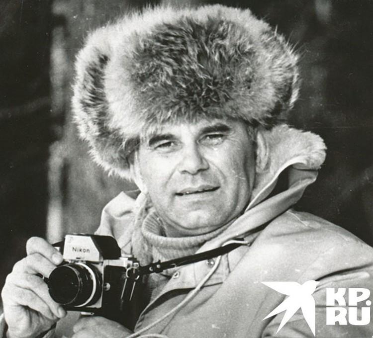 Все, кому довелось общаться с Василием Михайловичем Песковым, отмечали его обходительную и дружелюбную общительность
