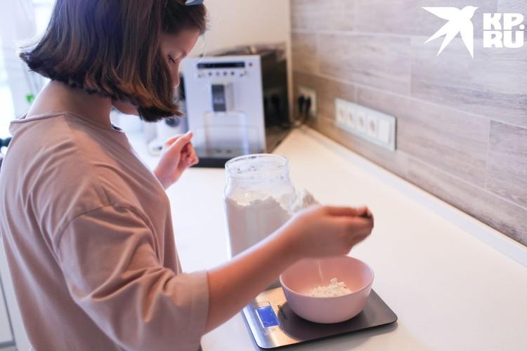 Даша любит проводить время на кухне. Фото: предоставлено героем публикации.