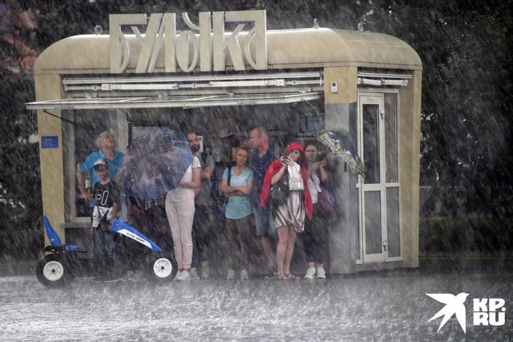 Гидрометцентр прогнозирует кратковременные дожди в Москве на всю неделю.