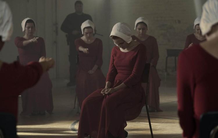 Кадр из фильма «Рассказ служанки»