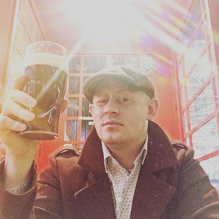 Алексей Хребтов любил тусовки и алкоголь. Фото: соцсети.