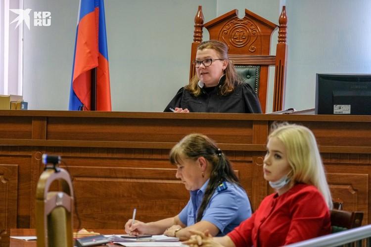 Судье часто приходится окликать Соколова