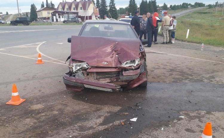 Авария произошла в Карагайском районе.
