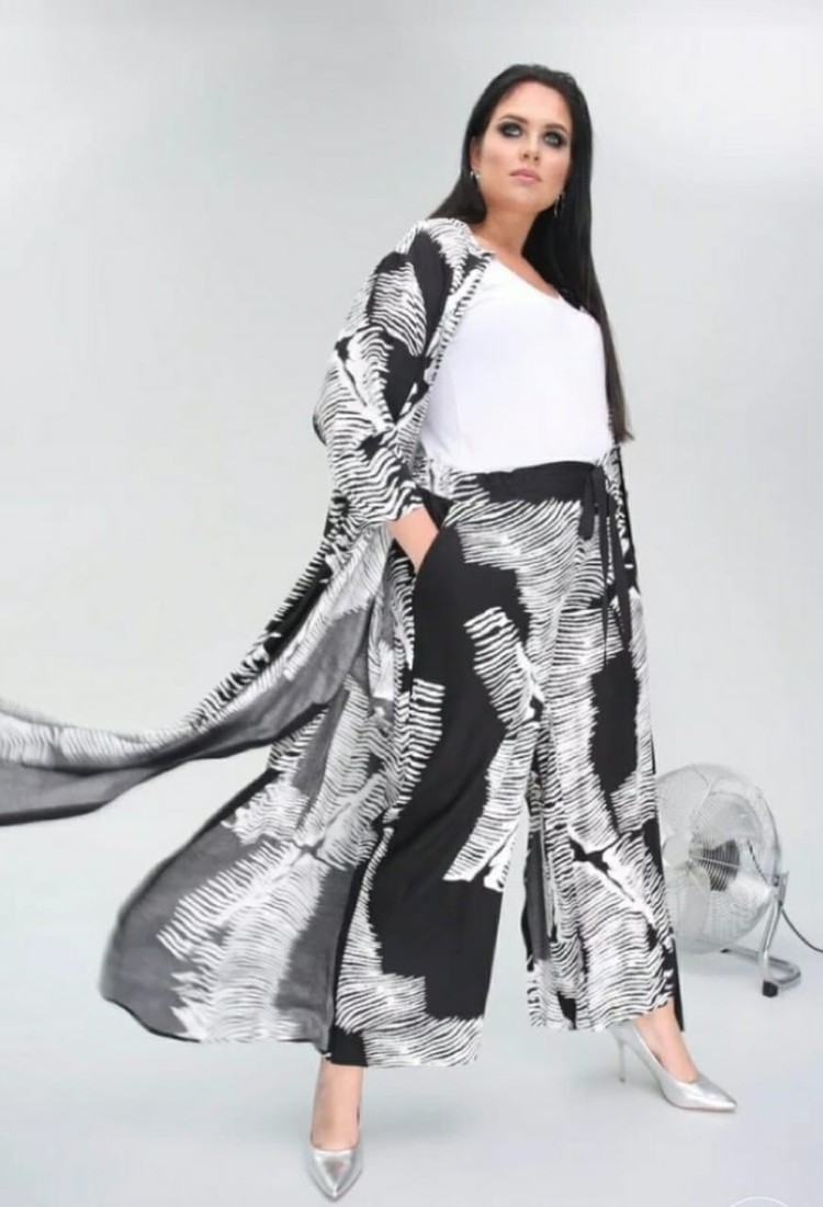 На съемках для хорватского бренда одежды. Фото: предоставлено из личного портфолио Екатерины Захаровой/фотограф Данил ЯРОЩУК.