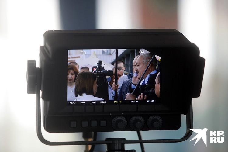 После голосования Александр Лукашенко пообщался с журналистами