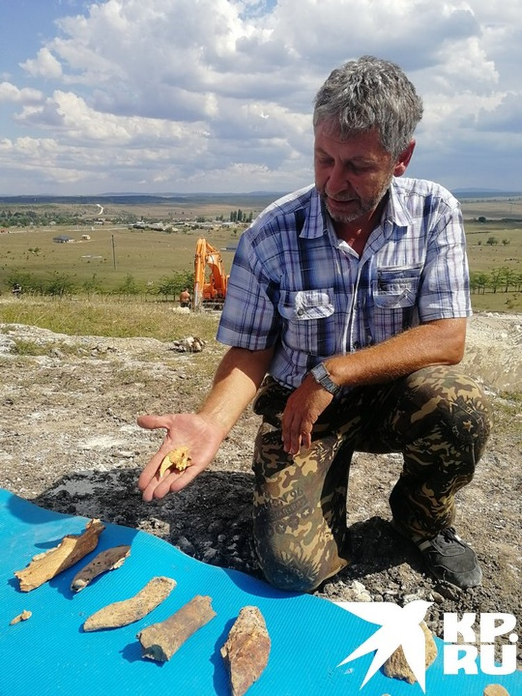 Руководитель программы проекта «Пещера Таврида» Геннадий Самохин: «В России таких пещер вообще не находили, а в мире — единицы, это уникальнейшее место».