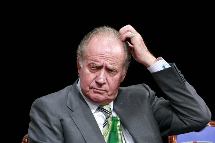 Король Хуан Карлос I покинул королевство