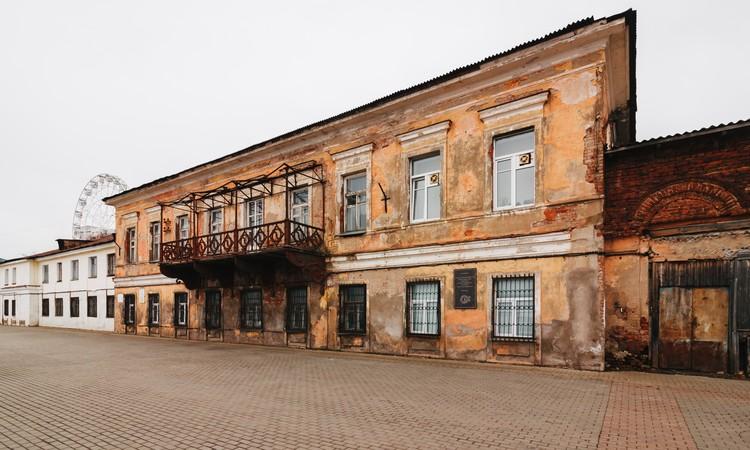 Сейчас в музейный квартал входят Генеральский дом, Пивоваренный завод Бодалева, здание Индустриального техникума.