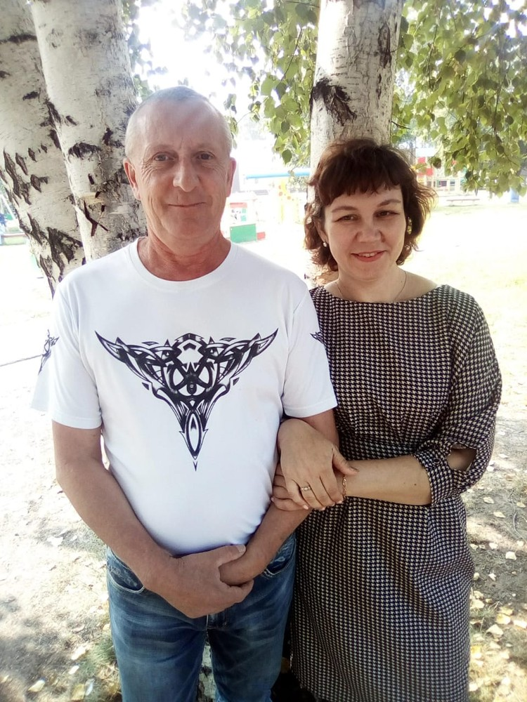 Ольга встретила Владимира в своем магазине. Фото: личный архив.