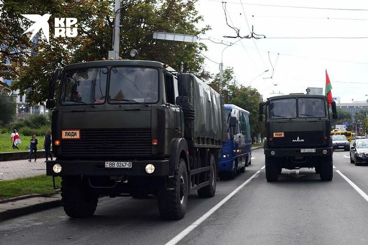 Третью неделю в Минске и других городах республики проходят несанкционированные массовые акции протеста
