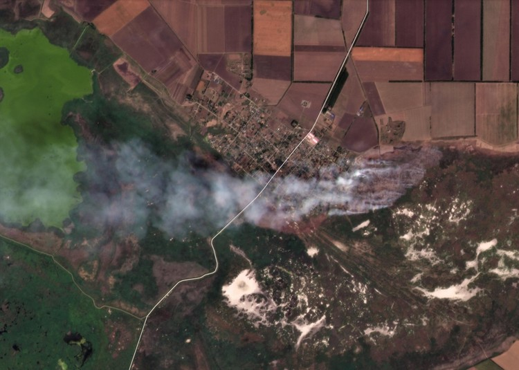 Вот так пожар выглядит из космоса. Фото: vk.com/dobrofire