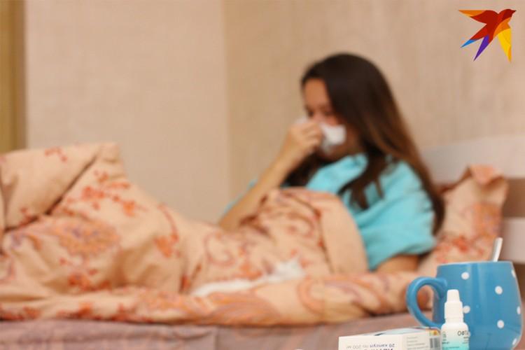 После прививки могут появиться симптомы, напоминающие ОРВИ - это нормальная реакция, ее не следует бояться