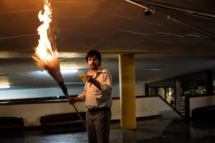 Кадр из картины Шахрама Мокри «Преступление по неосторожности».