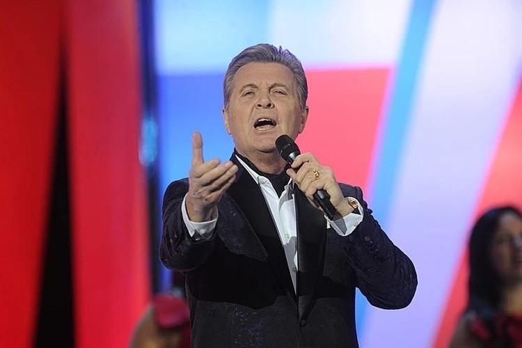 Заслуженный артист РФ Лев Лещенко много лет радует своими песнями