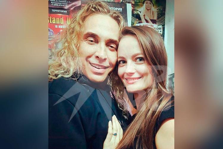Анастасия и Сергей Глушко встречались дома у Наташи Королевой.