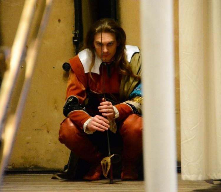 Роман Бурдеев, бывший Анастасии Шульженко, тоже красив и длинноволос, как Тарзан