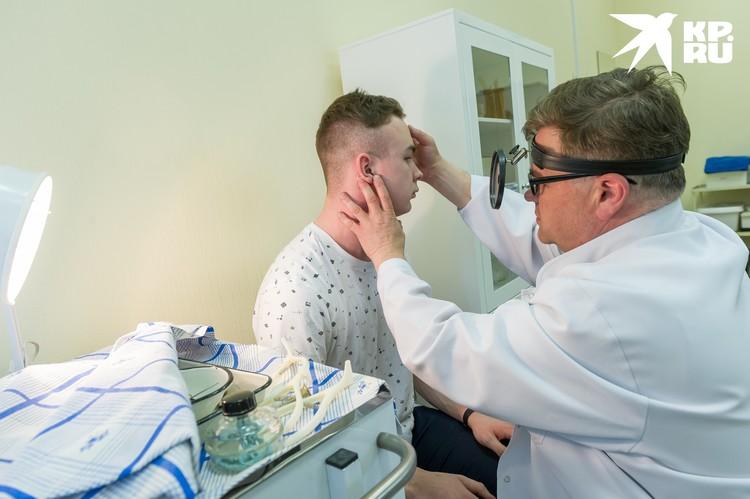 Один из надежных признаков приближающейся сердечной старости - нездоровый желтоватый цвет глазных склер.