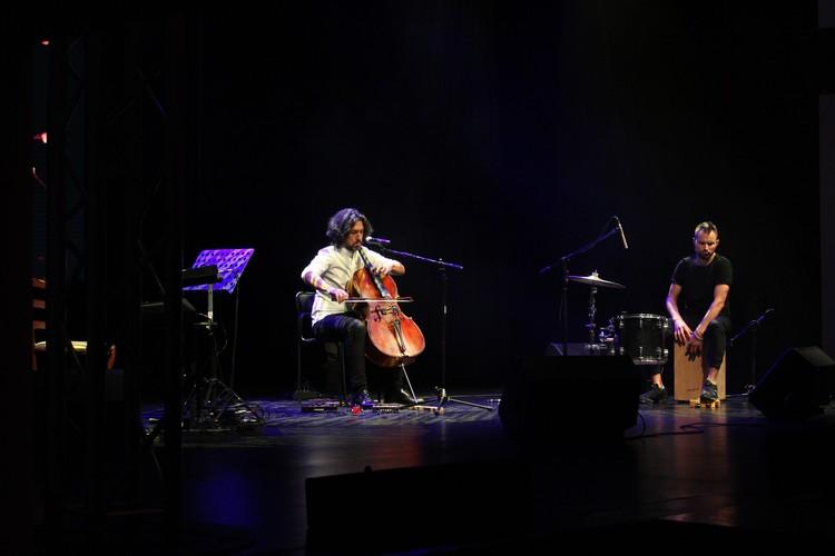 Завершился концерт встречей музыканта со зрителями.
