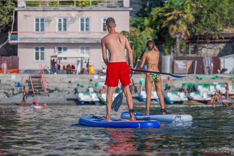Лучше всего отдыхается на воде.Фото: Алекс Кедми/VK