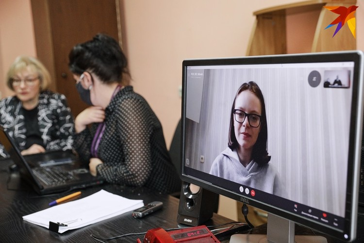 По словам Марии, на улице Веры Хоружей она собиралась встретиться с подругой. Суд наказал ее 13 сутками ареста