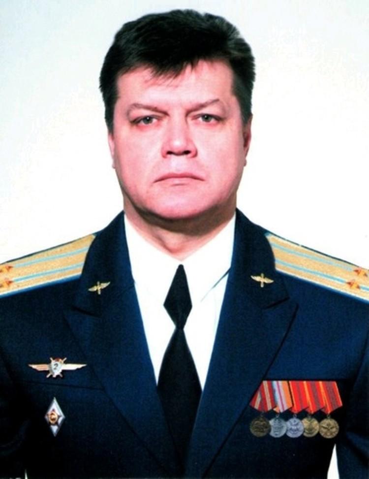 Герой России, подполковник Олег Пешков.