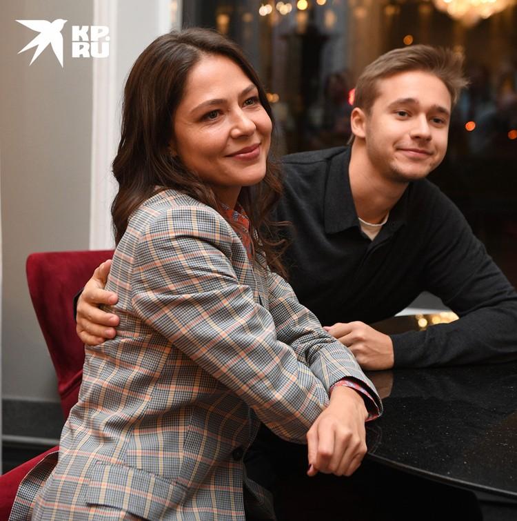 Елена Лядова с братом.