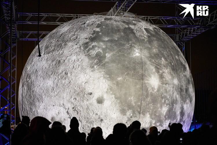 Меркурий - одна из так называемых личностных планет, способных оказывать влияние на конкретных людей, а не на человечество в целом. Другой личностной планетой является, например, Луна.
