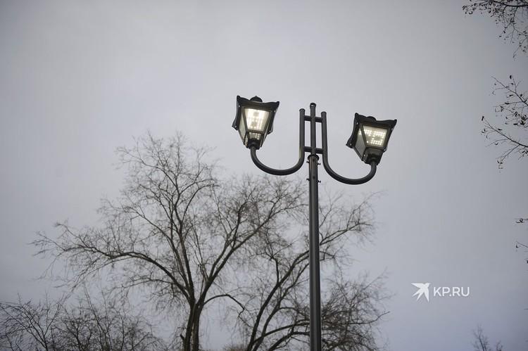 В сквере обновили систему освещения.