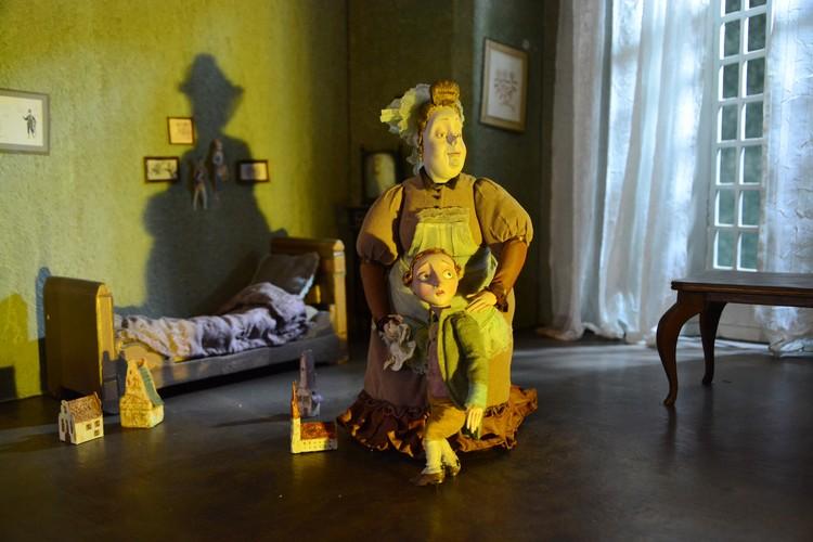 Для «Гофманиады» изготовили больше сотни кукол. Все они с характером, как живые.