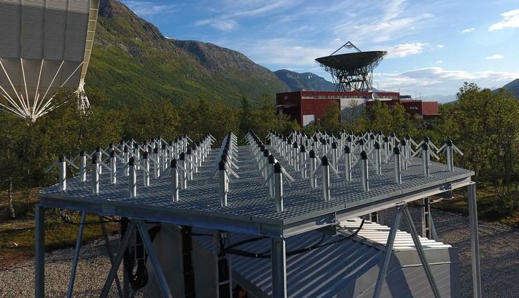 В Норвегии, на полигоне EISCAT проводились испытания некой совершенно новой технологии. Причем именно в то время, когда в Подмосковье бушевала гроза. Фото: www.eiscat.se