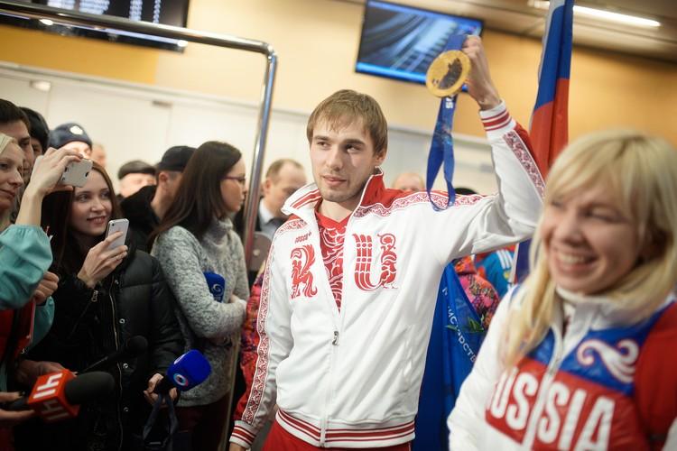 Эта была единственная олимпийская медаль у Антона Шипулина.
