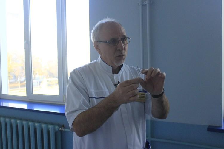 Алексей Вачёв рассказывает, что деталь заказывали в Москве и ждали три дня