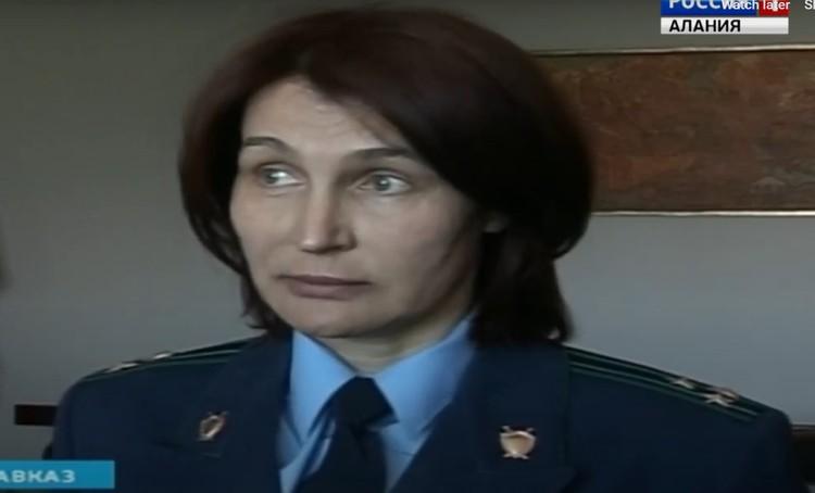 Заказала убийство следователя, по версии следствия, прокурор Заречного района Владикавказа Ольга Швецова. Она же сестра бывшей жены Леонова.