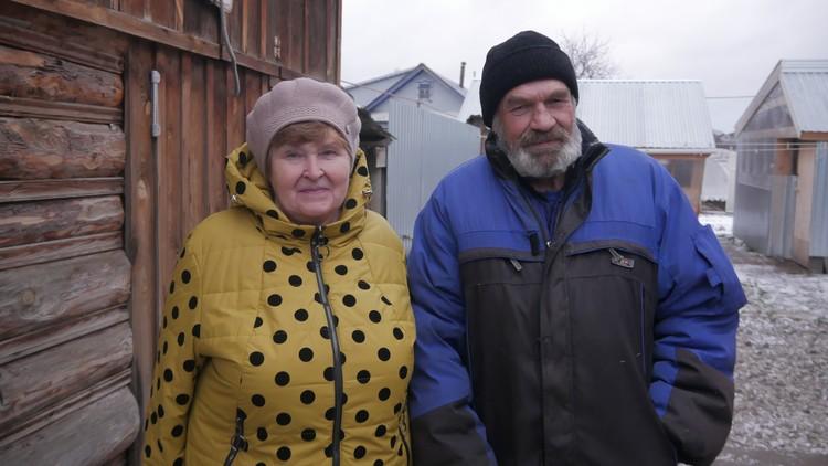 Житель Вятских Полян Виктор Просвирнин с супругой.