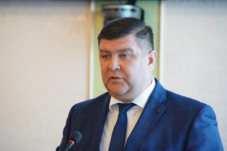 Борис Беляев на данный момент вице-премьер и министр ЖКХ в правительстве Башкирии