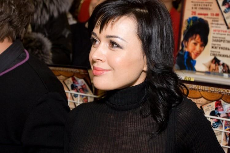 Актриса почти два года борется с онкологическим заболеванием. Фото: Global Look