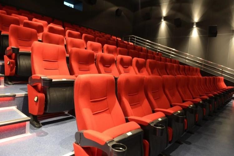 В шахматном порядке: как в Ижевске будут работать театры и кинотеатры